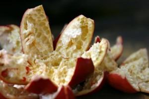 deseed pomegranate